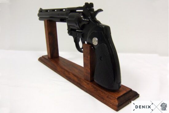 1061c python-revolver-8in-usa-1955